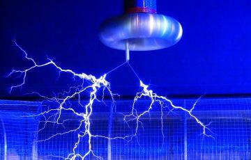 light-museum-show-human-blue-electricity-1126030-pxhere.com