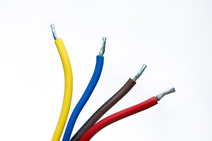 technology-cable-wire-line-communication-colorful-1294681-pxhere.com (1)