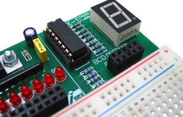 technology-segment-electronics-display-digital-laboratory-856678-pxhere.com